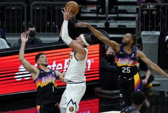 Picture for Suns wing Mikal Bridges left off 2020-21 NBA All-Defensive teams