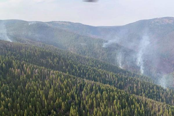 Picture for Horsethief Fire top priority fire in state, Gov. Gianforte receives fire briefing
