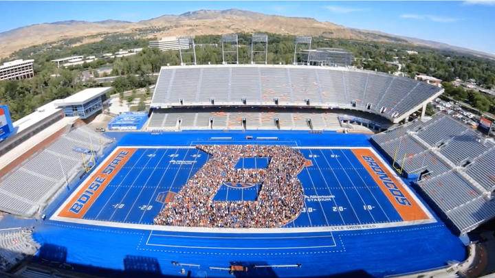 Cover for What Happened to Boise State's Smurf Turf Mystique?