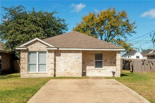Picture for 3 Bedroom Home in College Station - $224,900