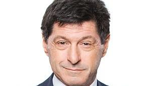 Picture for The BBC's North America editor Jon Sopel talks about flying on Air Force One, why Britons can expect a warm welcome in the U.S and why his favourite city there is Washington DC