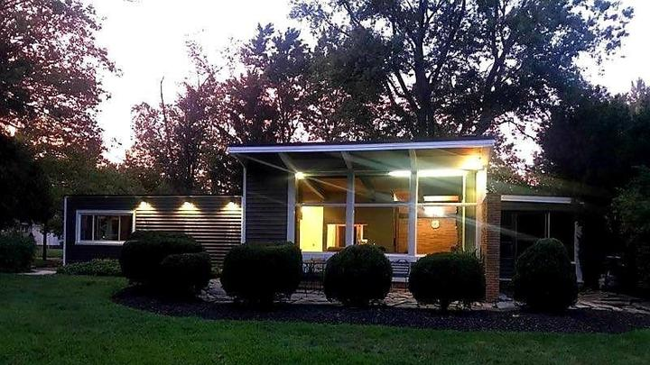 Cover for This Cute Mid-Century Ranch In Parma Heights With a Pool And Pizza Oven Just Hit The Market For $194,000