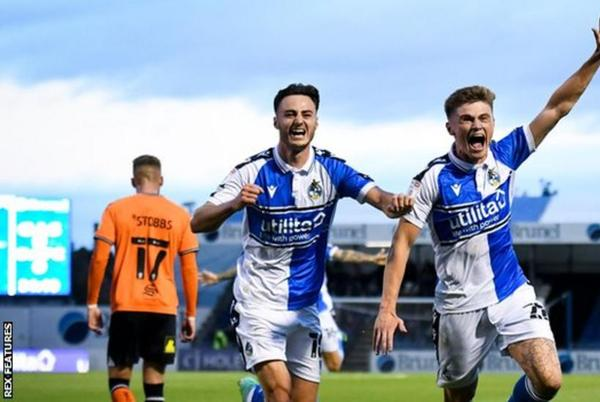 Picture for Colin West: Oldham Athletic assistant says team 'need to get hold of each other'