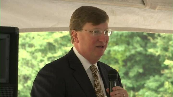 Cover for Gov. Reeves under fire for Mississippi's response to COVID-19 pandemic