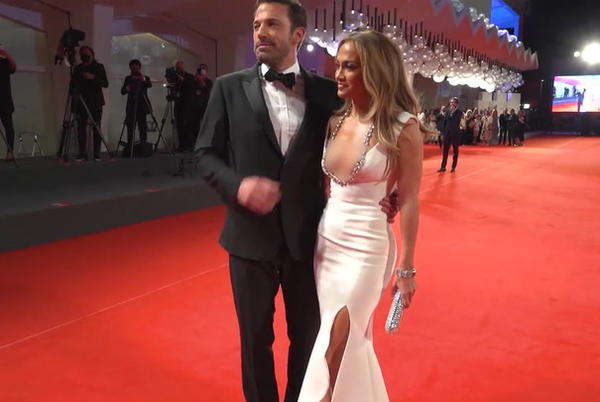 Picture for Ben Affleck says he's 'in awe' of girlfriend Jennifer Lopez