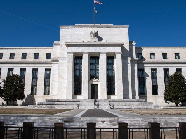 fed-officials-expect-it-will-be-some-time-before-it-starts-tightening-policy-minutes-show