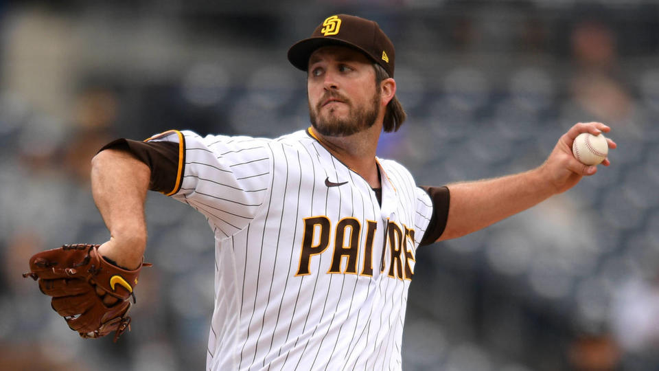 Picture for Padres place reliever Drew Pomeranz on 10-day IL with shoulder injury
