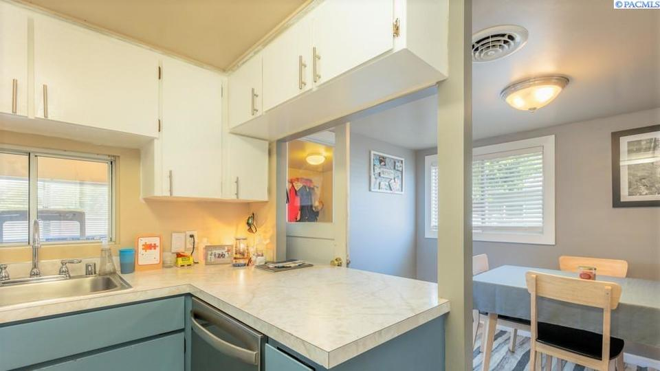 Picture for Check out these Kennewick homes on the market