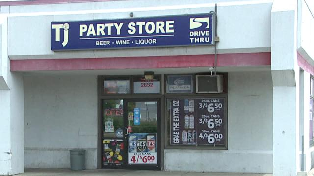 Picture for Kentwood police arrest party store armed robbery suspect