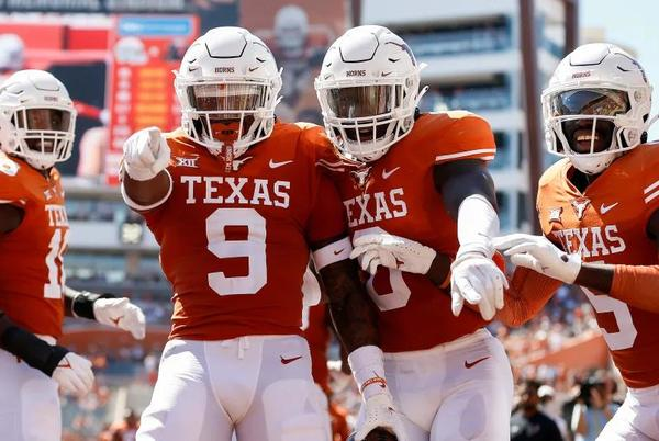 Picture for Texas Cruises To 70-35 Win Over Texas Tech In Big 12 Opener