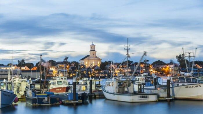 Cover for The Tiny Historic Beach Town In Massachusetts That's The Perfect Day Trip Destination