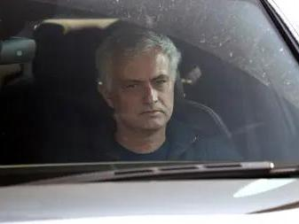 jose-mourinho-claims-he-has-won-25-and-a-half-trophies-after-aiming-sly-dig-at-tottenham