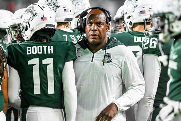 Picture for LSU Looking at Former Georgia Football Assistant
