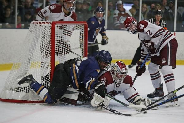 Picture for Griz Hockey loses to MSU in front of rowdy Bozeman crowd