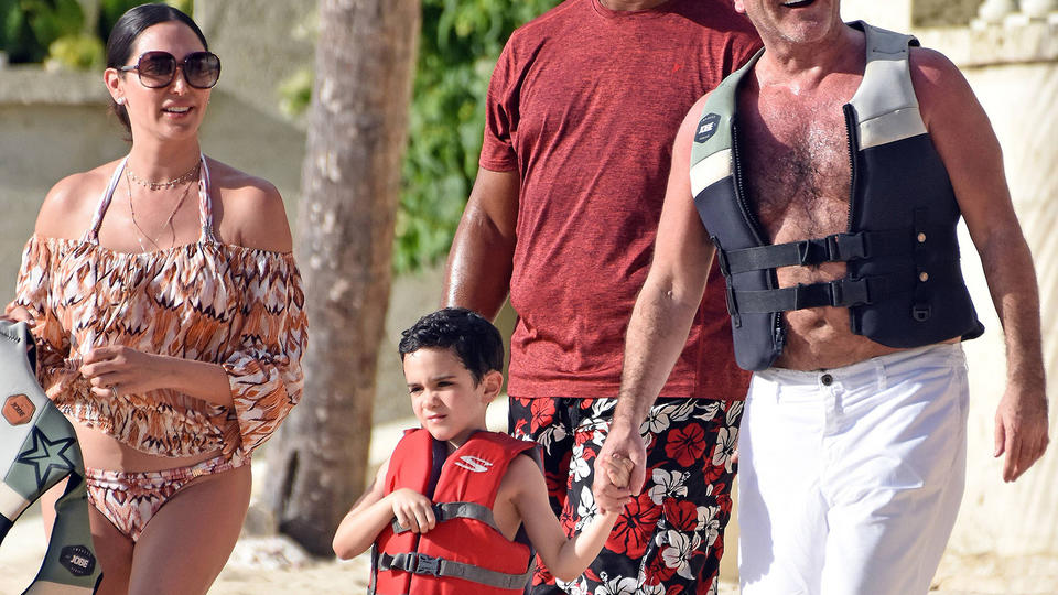 Simon Cowell And His Family Vacation In Barbados See The Pics News Break