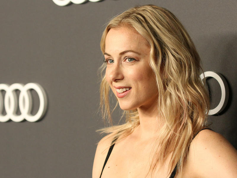 Iliza Shlesinger Landed Spenser Confidential Role After Ignoring Direction Not To Do A Boston Accent News Break