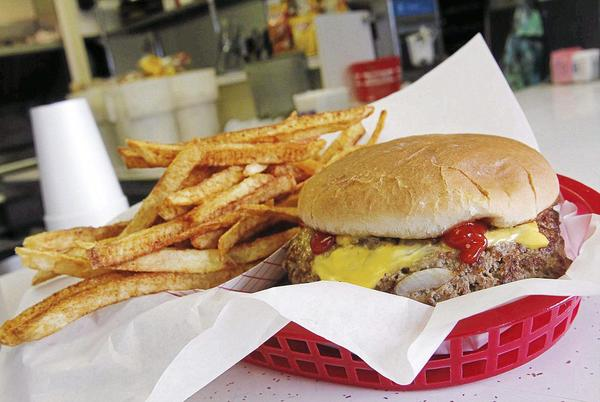 Picture for Freddie's Hamburgers on Lewis Avenue to close Friday