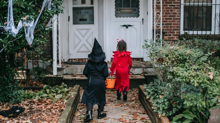 Cover for Where to Celebrate Halloween in Vermont