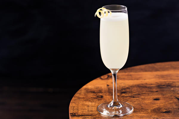 Picture for How to Make a French 75, the Best Champagne Cocktail to Toast to the End of 2020