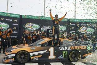 Picture for NASCAR today: TV schedule, race highlights, and rankings