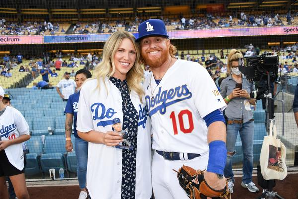 Picture for Justin Turner named Dodgers' 2021 Roberto Clemente Award nominee