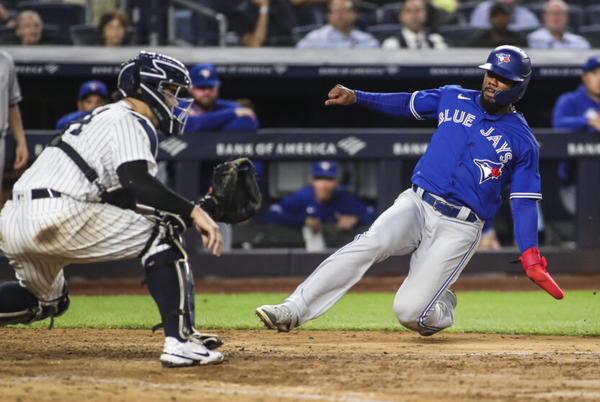 Picture for AL Wild Card: Schedule breakdown for Yankees, Red Sox, Blue Jays