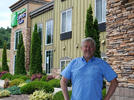 Picture for Holiday Inn owner retains hotel in bankruptcy case
