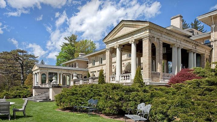 Cover for The Best Hotels to Book Near Tanglewood, Massachusetts