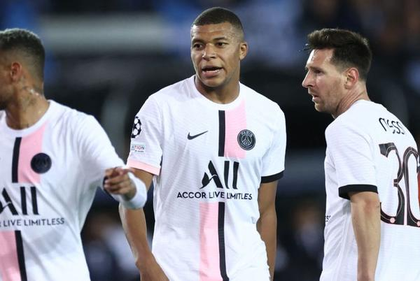 Picture for Messi starts, Mbappe limps off in Paris Saint-Germain draw with Brugge