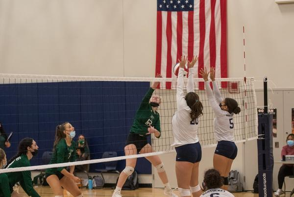 Picture for Dennis-Yarmouth beats volleyball 3-0