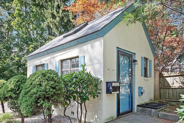 Picture for Would you pay $400k for this garage-sized tiny house? Banks won't finance the mini home, but cash will close the deal.