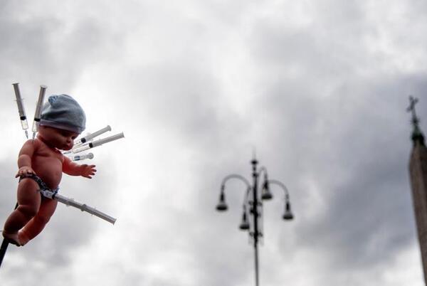 Picture for Իտալիա ԼՈSՐԵՐ. Իտալիան պատրաստվում է Covid- ի նոր կանոնների, բողոքի ցույցերի