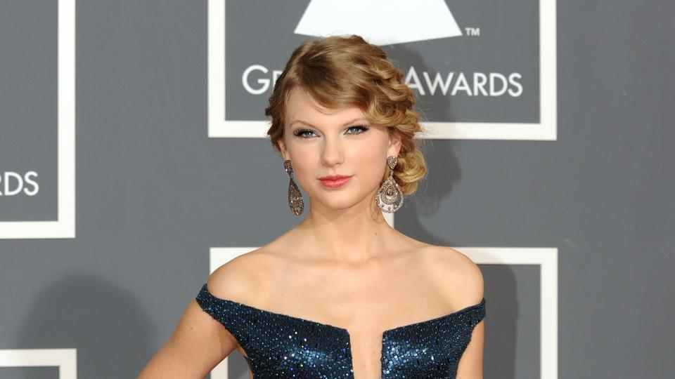Picture for Taylor Swift will drop rerecorded 'Red' album with 30 songs in November: What we know