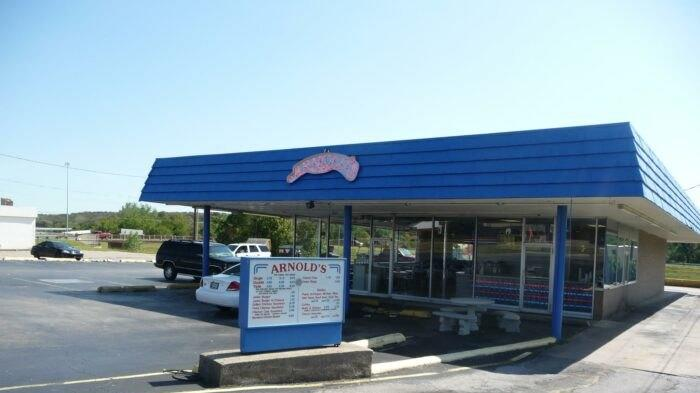 Picture for Everyone Goes Nuts For The Hamburgers At Arnold's, A Nostalgic Eatery In Oklahoma
