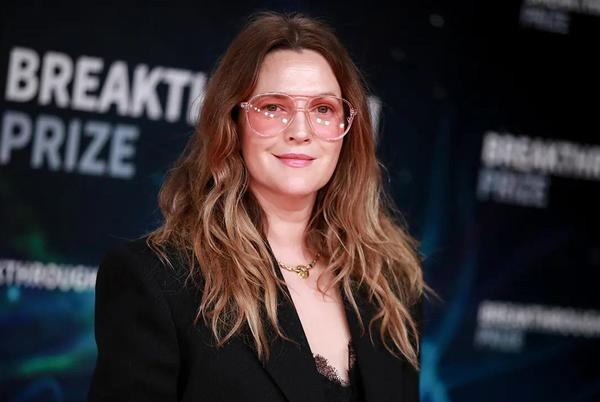 Picture for Drew Barrymore resembles a 'snow queen' after jaw-dropping transformation