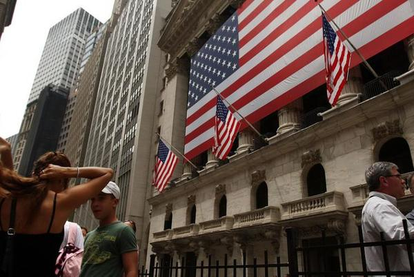 Picture for Wall St. ekes out lofty gains as Dow posts biggest weekly rise since June