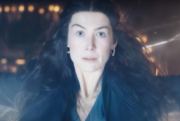 Picture for See Rosamund Pike Scare Everyone In The Wheel of Time First Scene
