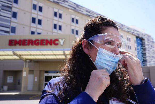 Picture for Nursing shortages hindering Arizona hospital transfers for all patients