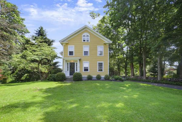 Picture for Newtown colonial circa 1840 on the market for $1.2M
