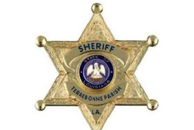 Picture for Sheriff's Office distributing hot meals in Houma on Friday