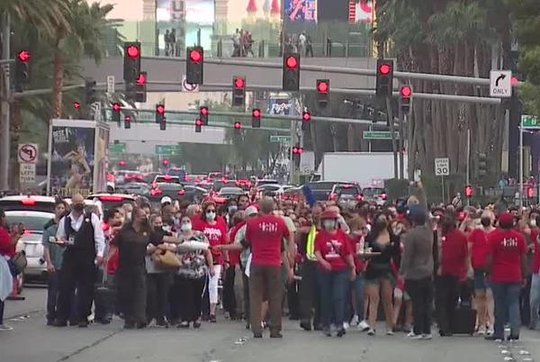 Picture for Culinary Union marchers call for restaurants to operate at full-strength