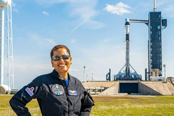 Picture for Original HI-SEAS member to head to space