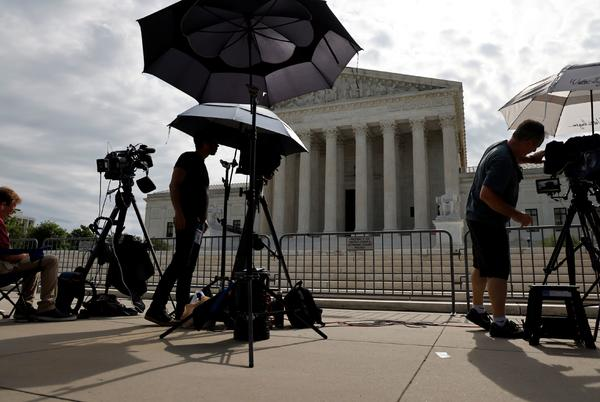 Picture for Supreme Court sides with police officers seeking 'qualified immunity' in two use-of-force cases