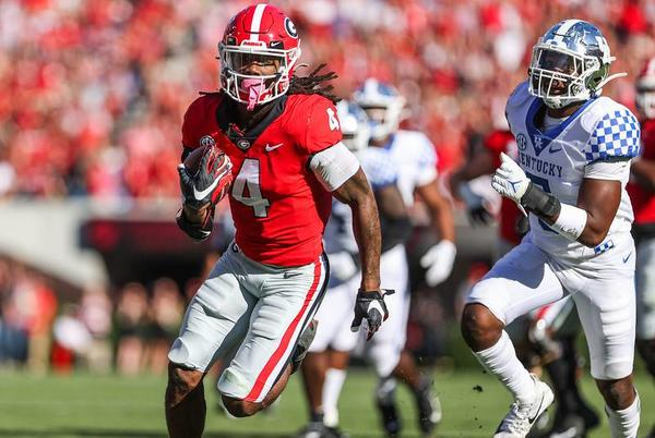 Picture for Georgia football stock report: James Cook is soaring, but he's not the only back on upswing