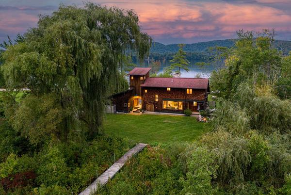 Picture for Connecticut 'Twin Lakes' house with tower loft listed for $1.5M