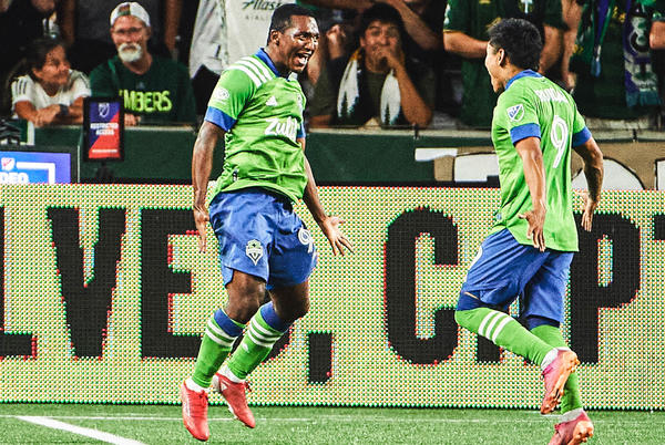 Picture for Jimmy Medranda wins Goal of the Week for Week 19 with his ridiculous volley
