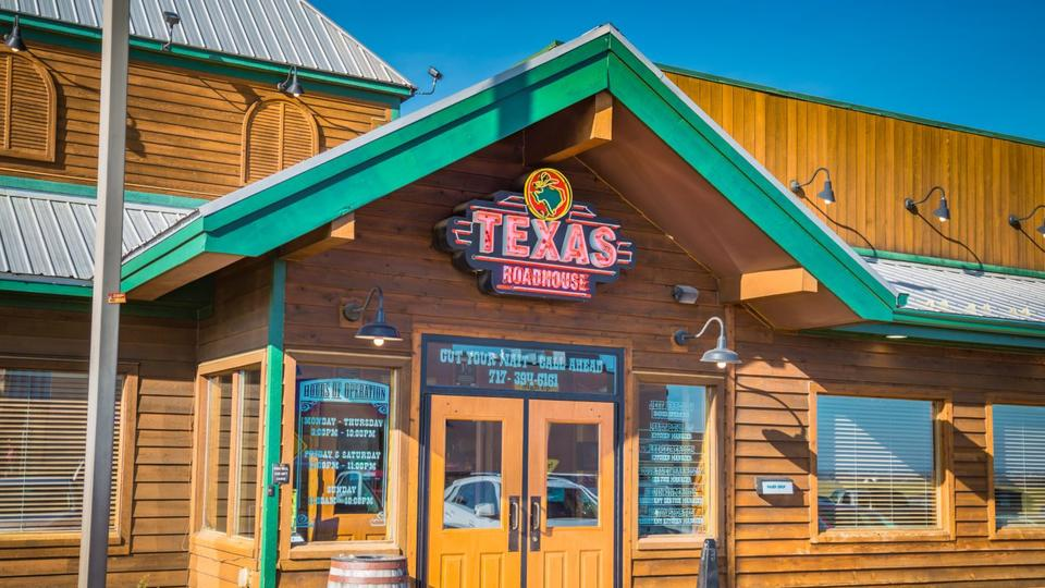 Picture for Man Breaks Out A Scale At Texas Roadhouse When He Suspected His Steak Was Too Small