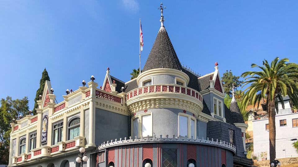 Picture for Home Of Magicians In A Secretly Hidden Hollywood Gem!