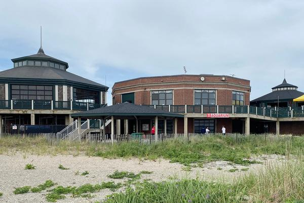 Picture for Carousel, Snack Bar buildings at Easton's Beach to be demolished, but then what?
