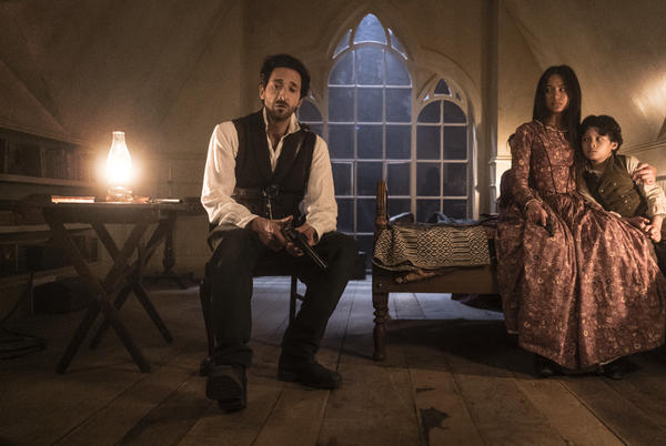 """Picture for 'Chapelwaite' 1×06 Review: """"The Offer"""""""